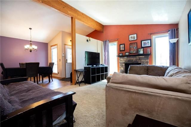 Photo 8: Photos: 246 Tufnell Drive in Winnipeg: River Park South Residential for sale (2F)  : MLS®# 1918544
