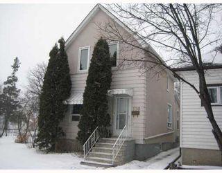 Photo 1: 130 LACY Street in WINNIPEG: East Kildonan Residential for sale (North East Winnipeg)  : MLS®# 2822351