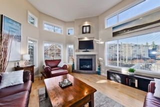 Photo 3: 310 Inglewood Grove SE in Calgary: Inglewood Row/Townhouse for sale : MLS®# A1100172
