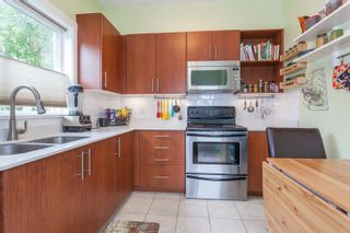 Photo 4: 17 7136 18TH Avenue in Burnaby: Edmonds BE Townhouse for sale (Burnaby East)  : MLS®# R2204496
