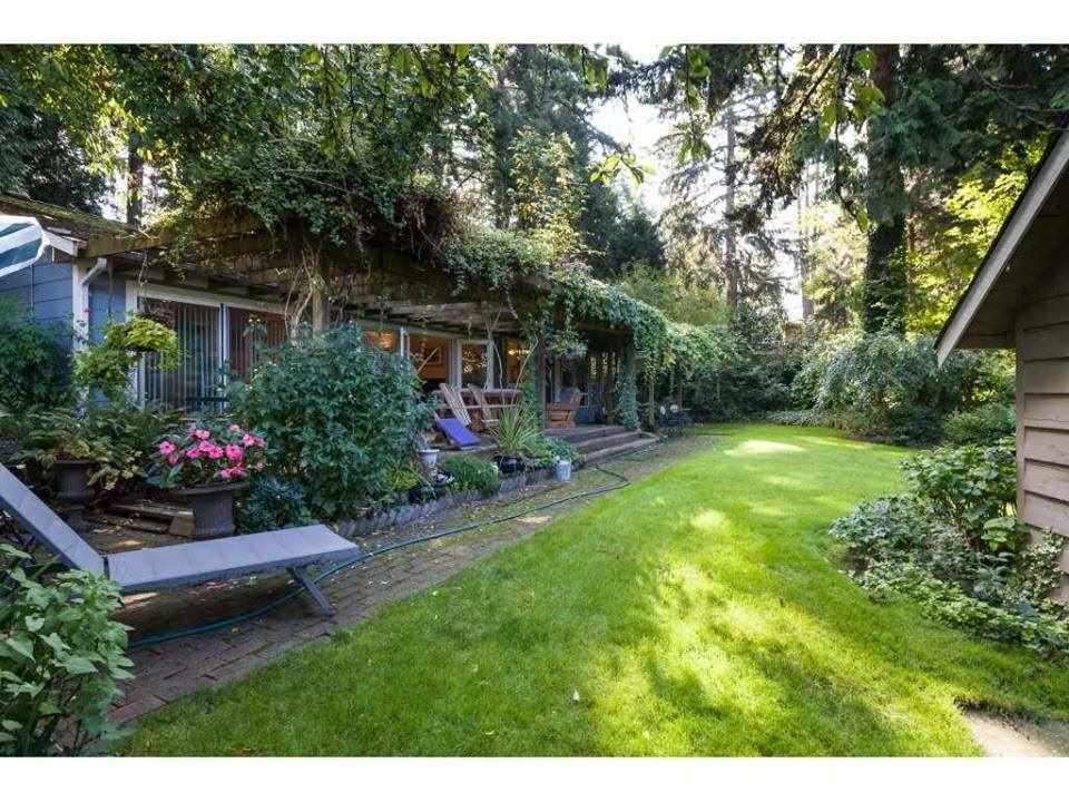 Main Photo: 1931 128 STREET in Surrey: Crescent Bch Ocean Pk. House for sale (South Surrey White Rock)  : MLS®# R2501920