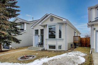 Photo 2: 39 River Rock Circle SE in Calgary: Riverbend Detached for sale : MLS®# A1079614