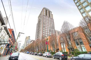 "Photo 2: 1901 1055 HOMER Street in Vancouver: Yaletown Condo for sale in ""DOMUS"" (Vancouver West)  : MLS®# R2245157"