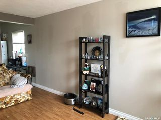 Photo 2: 1209 Hochelaga Street West in Moose Jaw: Palliser Residential for sale : MLS®# SK849831