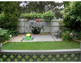 "Photo 5: 3017 MAPLEBROOK Place in Coquitlam: Meadow Brook House for sale in ""MEADOWBROOK"" : MLS®# V774389"