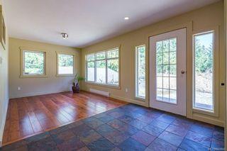 Photo 7: 797 Lazo Rd in : CV Comox Peninsula House for sale (Comox Valley)  : MLS®# 869860