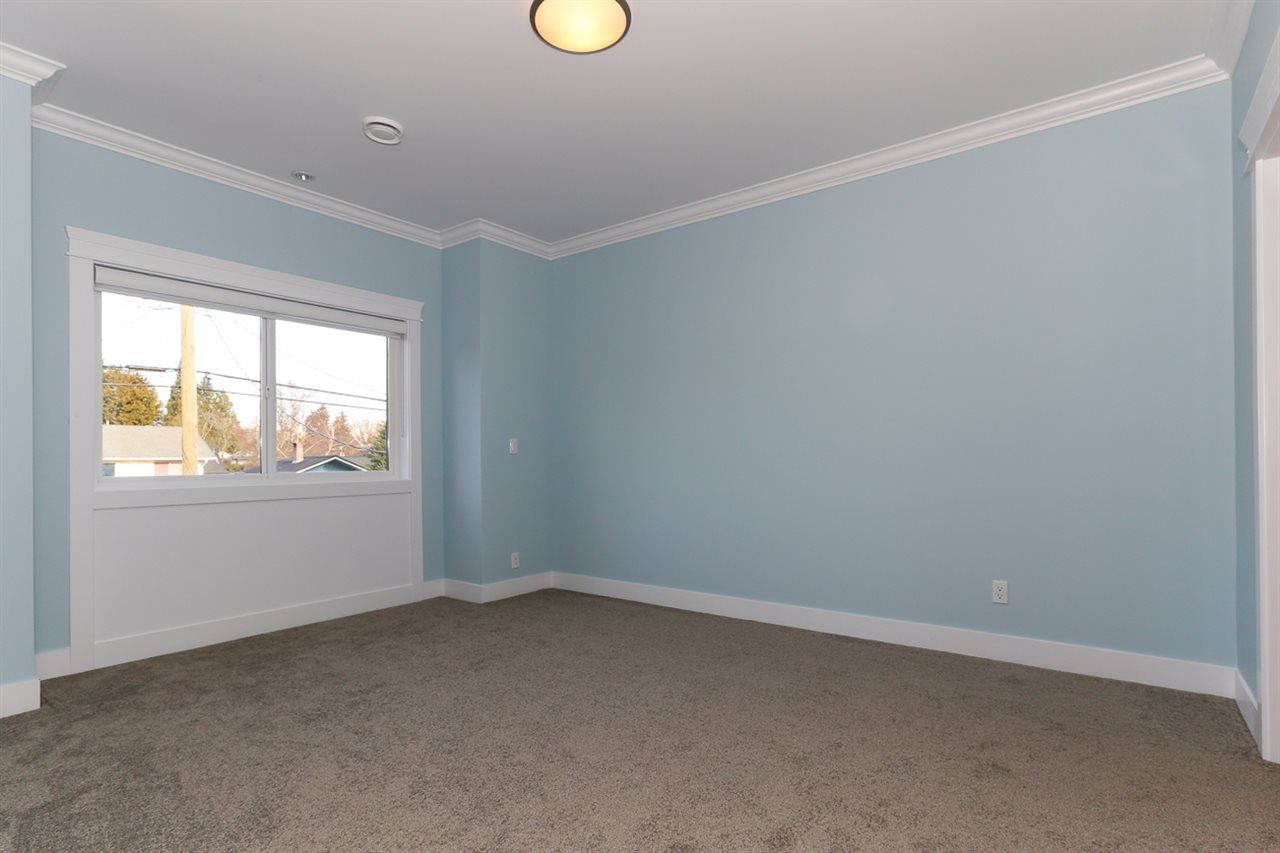 Photo 14: Photos: 5122 44 AVENUE in Delta: Ladner Elementary House for sale (Ladner)  : MLS®# R2024397