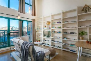 """Photo 1: 403 22 E CORDOVA Street in Vancouver: Downtown VE Condo for sale in """"VAN HORNE"""" (Vancouver East)  : MLS®# R2445831"""