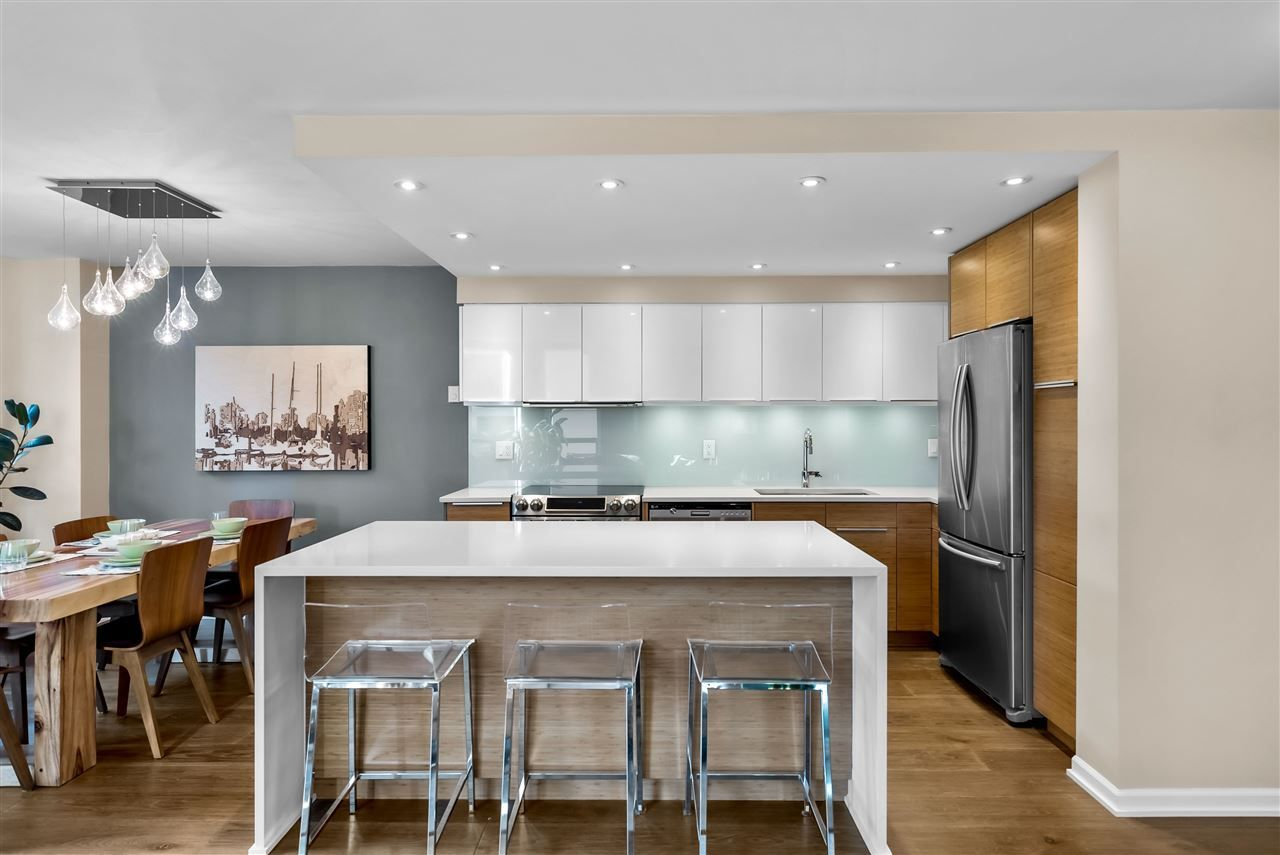 "Main Photo: 403 1265 BARCLAY Street in Vancouver: West End VW Condo for sale in ""The Dorchester"" (Vancouver West)  : MLS®# R2542504"