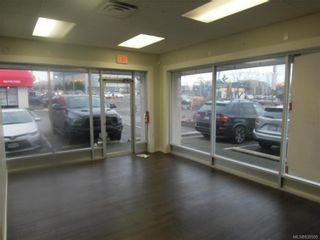 Photo 1: K 3388 Douglas St in : SW Rudd Park Commercial Lease for lease (Saanich West)  : MLS®# 830595