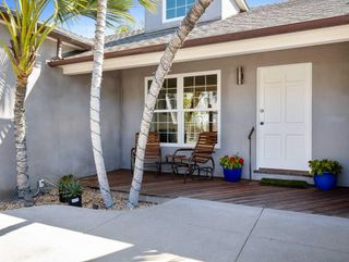 Photo 2: PACIFIC BEACH House for sale : 3 bedrooms : 1261 Diamond Street in San Diego