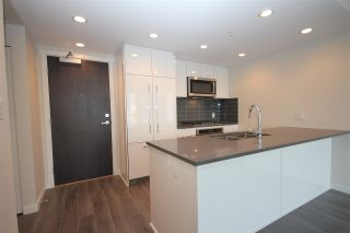 "Photo 12: 1706 3100 WINDSOR Gate in Coquitlam: New Horizons Condo for sale in ""The Lloyd"" : MLS®# R2494861"