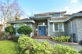 """Photo 3: 11258 158A Street in Surrey: Fraser Heights House for sale in """"Fraser Heights"""" (North Surrey)  : MLS®# R2541210"""
