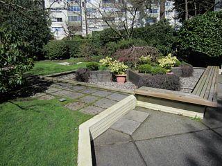 Photo 17: 703 1412 ESQUIMALT Avenue in West Vancouver: Ambleside Condo for sale : MLS®# V1058357