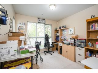 "Photo 19: 105 20727 DOUGLAS Crescent in Langley: Langley City Condo for sale in ""Joseph's Court"" : MLS®# R2605390"