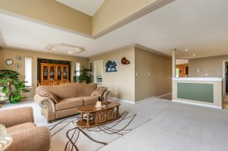 """Photo 6: 7947 TOPPER Drive in Mission: Mission BC House for sale in """"College Heights"""" : MLS®# R2381617"""
