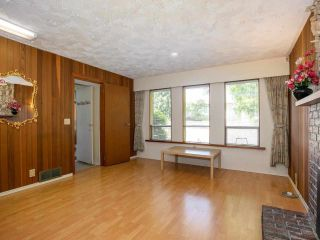 Photo 18: 5322 SHERBROOKE Street in Vancouver: Knight House for sale (Vancouver East)  : MLS®# R2588172