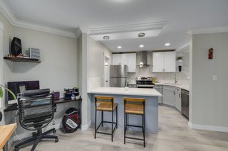 """Photo 14: 2G 1400 GEORGE Street: White Rock Condo for sale in """"GEORGIAN PLACE"""" (South Surrey White Rock)  : MLS®# R2621724"""