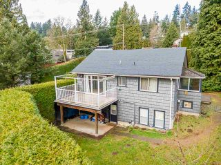 Photo 1: 301 MARINER Way in Coquitlam: Coquitlam East House for sale : MLS®# R2533632