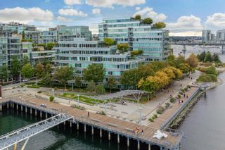 """Photo 39: 701 151 ATHLETES Way in Vancouver: False Creek Condo for sale in """"CANADA HOUSE ON THE WATER"""" (Vancouver West)  : MLS®# R2617164"""