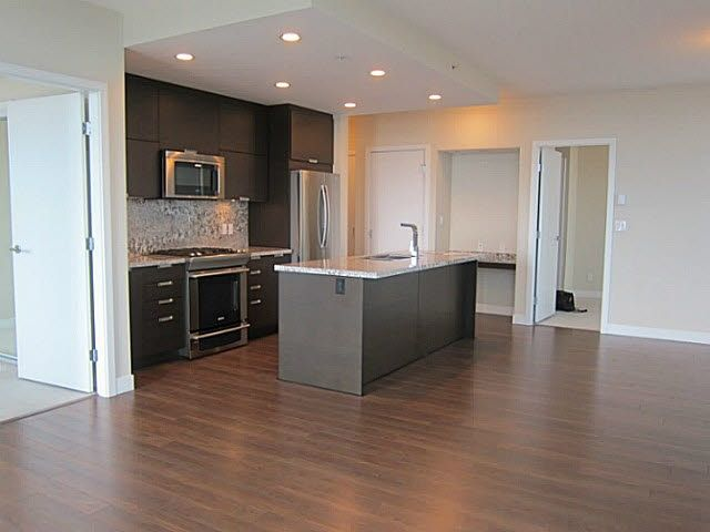 Photo 3: Photos: 1703 2077 ROSSER Avenue in Burnaby: Brentwood Park Condo for sale (Burnaby North)  : MLS®# R2187156