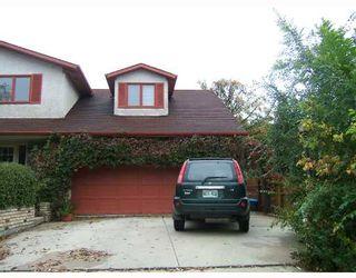 Photo 2: 95 DELBROOK Crescent in WINNIPEG: North Kildonan Residential for sale (North East Winnipeg)  : MLS®# 2808908