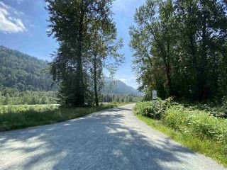 """Photo 37: 6172 DUNDEE Place in Chilliwack: Sardis West Vedder Rd House for sale in """"Dundee Place"""" (Sardis)  : MLS®# R2464587"""