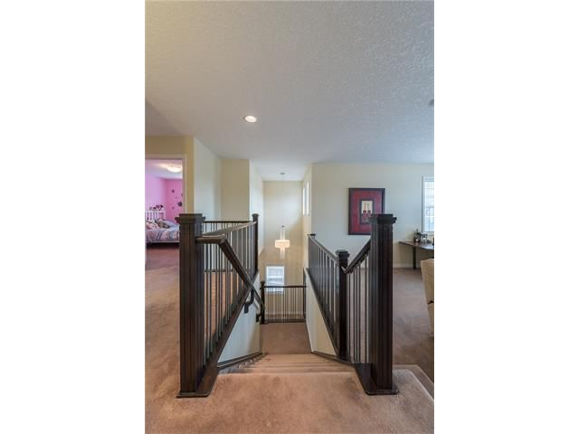Photo 17: Photos: 151 evansdale Common NW in Calgary: Evanston House for sale : MLS®# C4064810