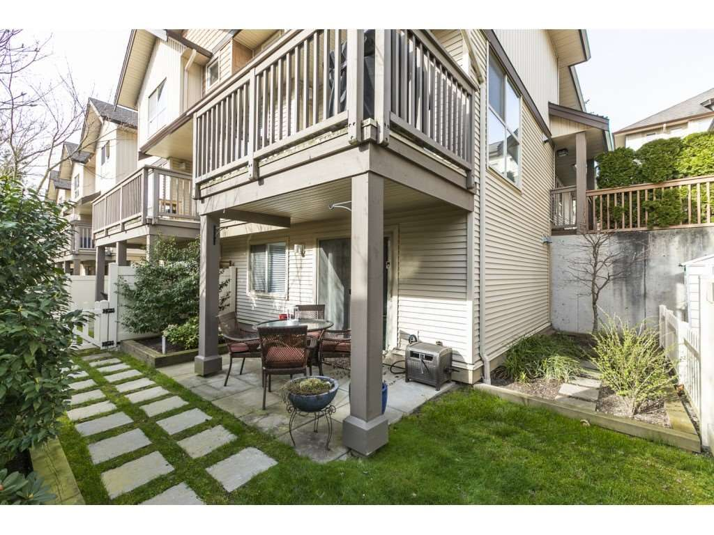 """Main Photo: 83 20350 68 Avenue in Langley: Willoughby Heights Townhouse for sale in """"SUNRIDGE"""" : MLS®# R2560285"""