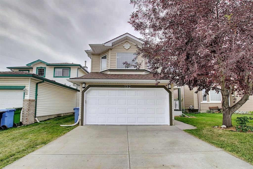 Main Photo: 192 Hidden Ranch Crescent NW in Calgary: Hidden Valley Detached for sale : MLS®# A1024052