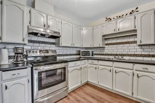 """Photo 9: 10 18960 ADVENT Road in Pitt Meadows: Central Meadows Townhouse for sale in """"MEADOWLAND VILLAGE"""" : MLS®# R2545154"""