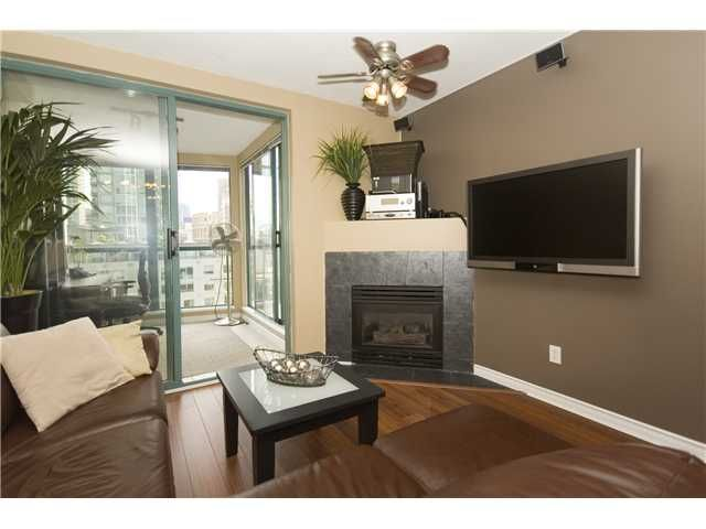 """Main Photo: 1003 939 HOMER Street in Vancouver: Downtown VW Condo for sale in """"PINNACLE"""" (Vancouver West)  : MLS®# V819841"""