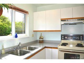 Photo 11: 1 1786 Albert Ave in VICTORIA: Vi Jubilee Row/Townhouse for sale (Victoria)  : MLS®# 664833