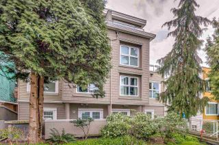"Photo 2: 2510 W 4TH Avenue in Vancouver: Kitsilano Townhouse for sale in ""Linwood Place"" (Vancouver West)  : MLS®# R2258779"