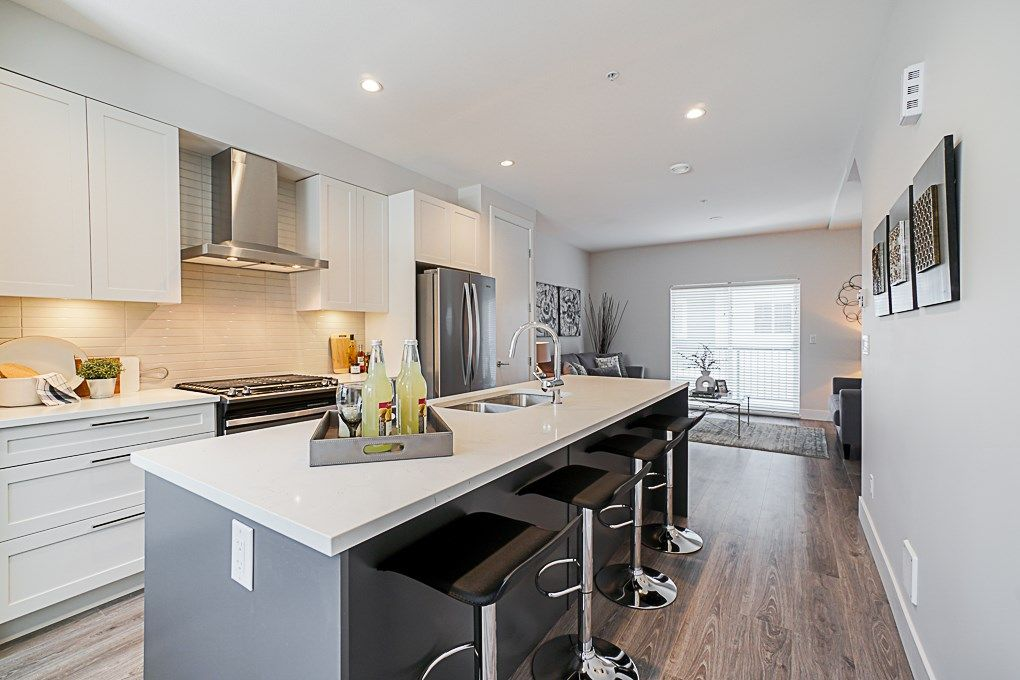 """Main Photo: 41 20451 84 Avenue in Langley: Willoughby Heights Townhouse for sale in """"Walden"""" : MLS®# R2354353"""