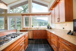 Photo 7: 4688 EASTRIDGE Road in North Vancouver: Deep Cove House for sale : MLS®# R2565563