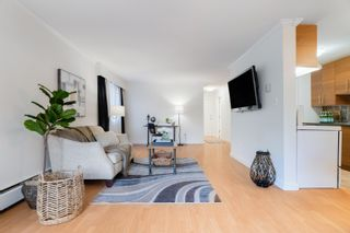 """Photo 5: 104 2424 CYPRESS Street in Vancouver: Kitsilano Condo for sale in """"Cypress Place"""" (Vancouver West)  : MLS®# R2623646"""