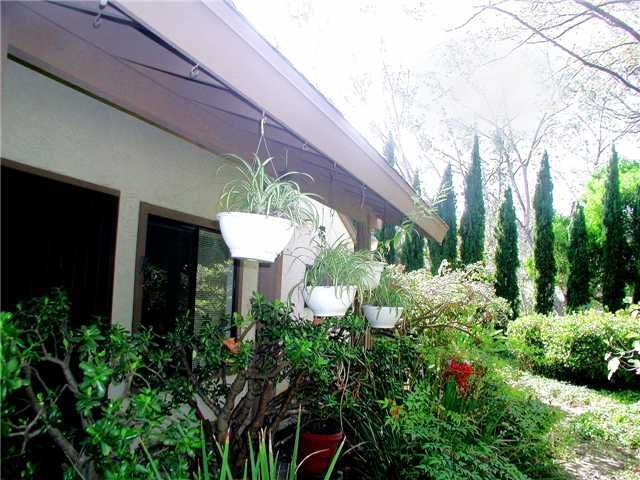 Main Photo: LA JOLLA Condo for sale : 2 bedrooms : 8124 Caminito Gianna in San Diego