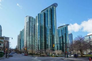 """Photo 21: 2204 555 JERVIS Street in Vancouver: Coal Harbour Condo for sale in """"Harbourside Park"""" (Vancouver West)  : MLS®# R2544198"""