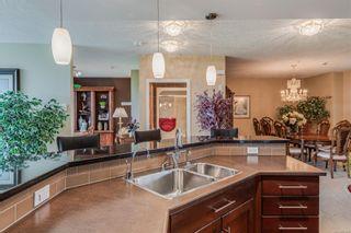 Photo 10: 402 5332 Sayward Hill Cres in : SE Cordova Bay Condo for sale (Saanich East)  : MLS®# 877023