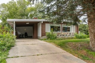 Main Photo: 4923 Viceroy Place NW in Calgary: Varsity Detached for sale : MLS®# A1136555