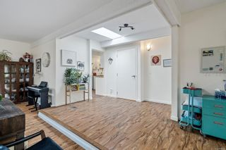 Photo 33: 940 Arundel Dr in : SW Portage Inlet House for sale (Saanich West)  : MLS®# 863550