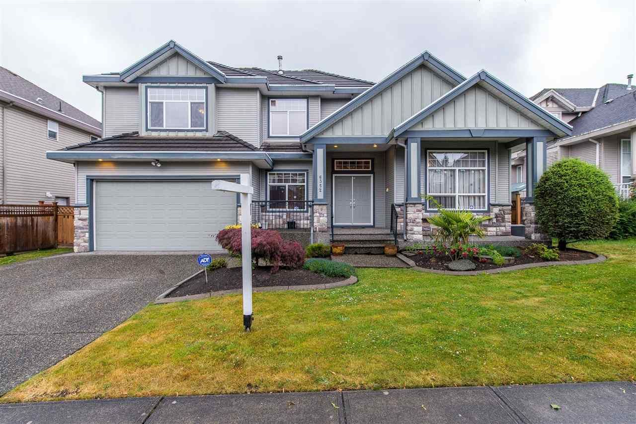 Main Photo: 6352 165 STREET in : Cloverdale BC House for sale : MLS®# R2432866