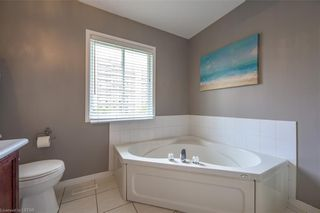 Photo 19: 830 REDOAK Avenue in London: North M Residential for sale (North)  : MLS®# 40108308