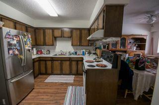 Photo 4: 5865 SPROTT Street in Burnaby: Central BN 1/2 Duplex for sale (Burnaby North)  : MLS®# R2160305