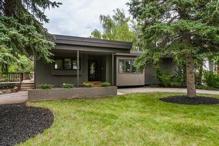 Photo 2: 74 WILDWOOD Drive SW in Calgary: Wildwood Detached for sale : MLS®# A1071436