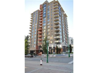"""Photo 10: 702 7225 ACORN Avenue in Burnaby: Highgate Condo for sale in """"AXIS"""" (Burnaby South)  : MLS®# V1087439"""