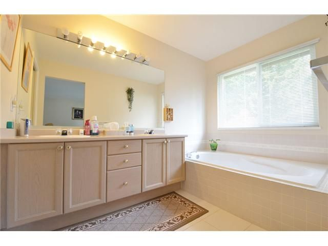 Photo 9: Photos: 1461 MOORE Place in Coquitlam: Hockaday House for sale : MLS®# V1060931