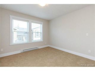 Photo 10: 106 990 Rattanwood Pl in VICTORIA: La Happy Valley Row/Townhouse for sale (Langford)  : MLS®# 711627