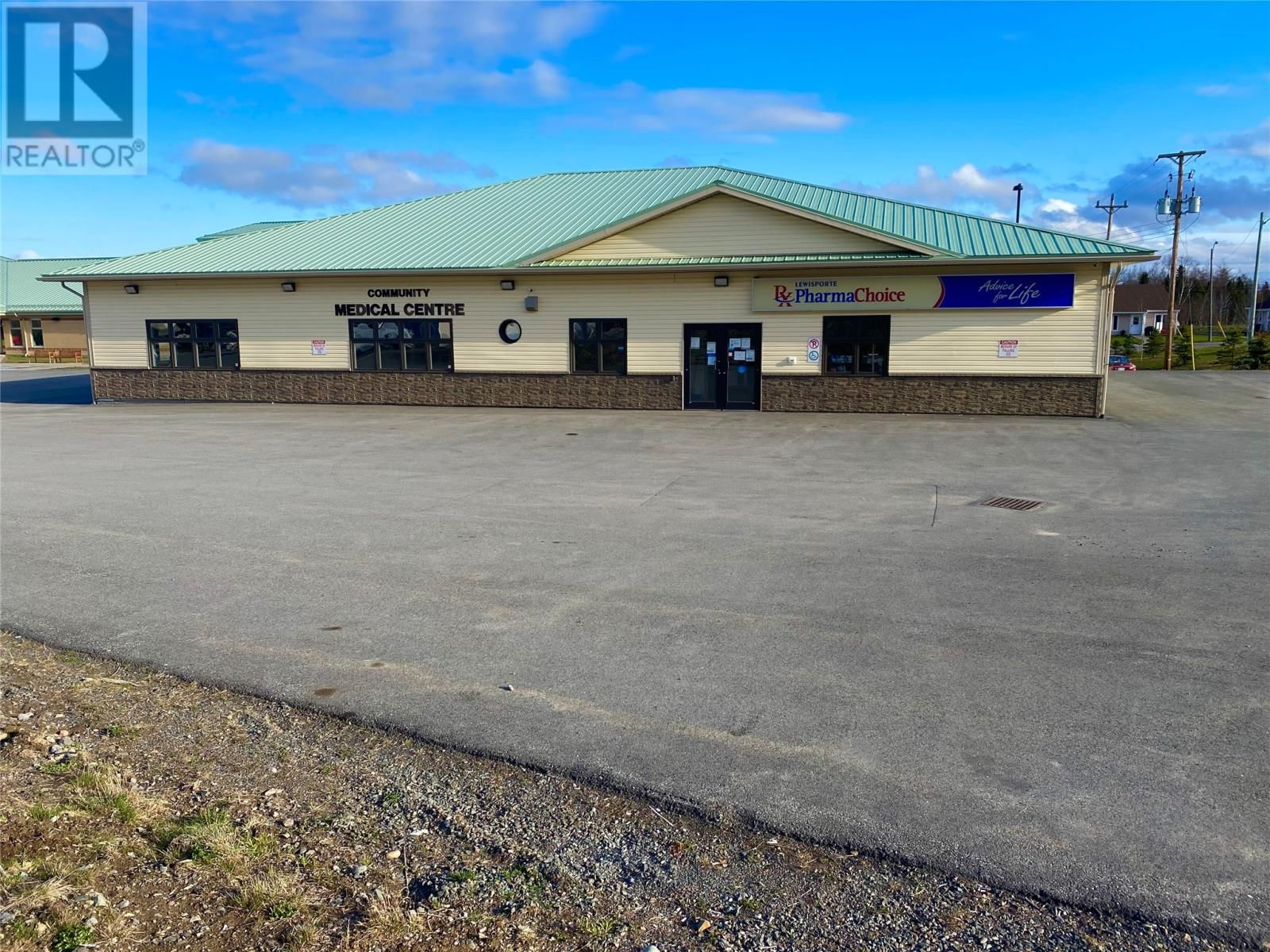 Main Photo: 41 Centennial Drive in Lewisporte: Business for sale : MLS®# 1231984